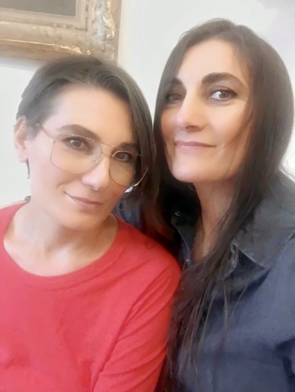 Rosita and Cristina Cigliola sisters and suite123 founders
